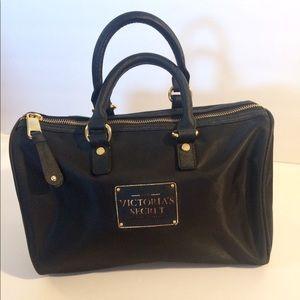 Victoria secret sexiest on earth purse